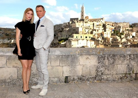 Sneak peek: On set with James Bond in Matera