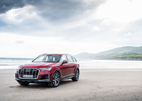 Sneak peek at the new 2020 version of the Audi Q7