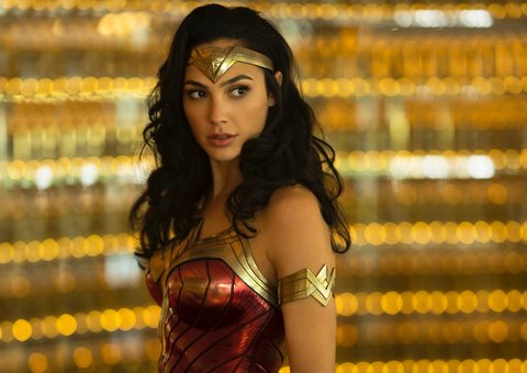 Here's the first trailer of Wonder Woman 1984