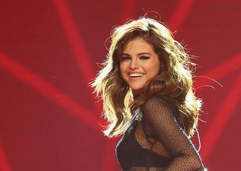 Selena Gomez 'soils herself' at Ed Sheeran concert