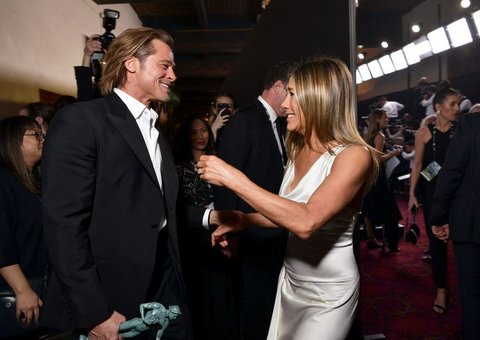 It's time to stop looking at that photo of Brad and Jen