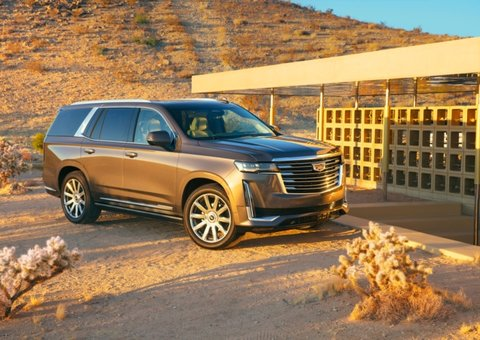 Cadillac unveils 2021 Escalade with curved OLED display