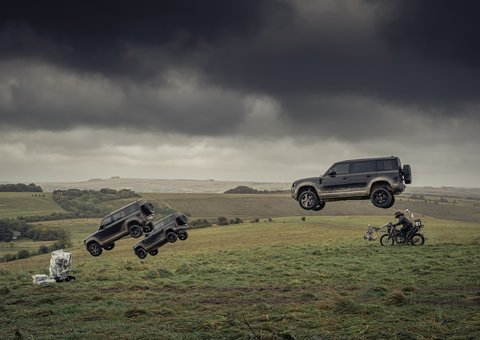 Watch the Land Rover Defender do insane stunts in James Bond No Time to Die