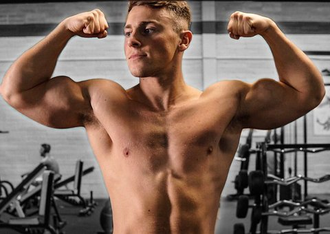 This guy claims he completed 10,000 pushups in 24 hours