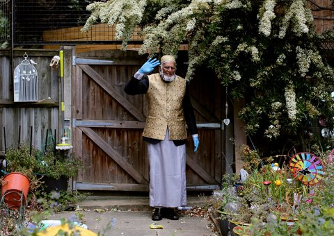 100-year-old Muslim man raises over $200,000 for Covid-19 relief with Ramadan Walk