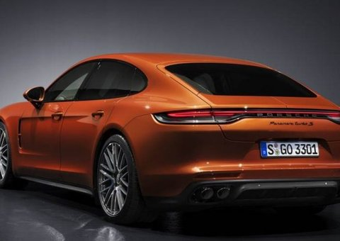 New 2021 Porsche Panamera is one class act