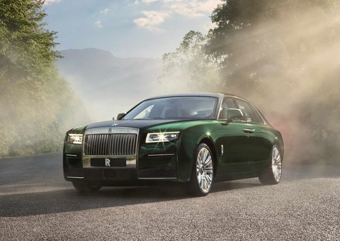 New 2021 Rolls-Royce Ghost gives you even more legroom