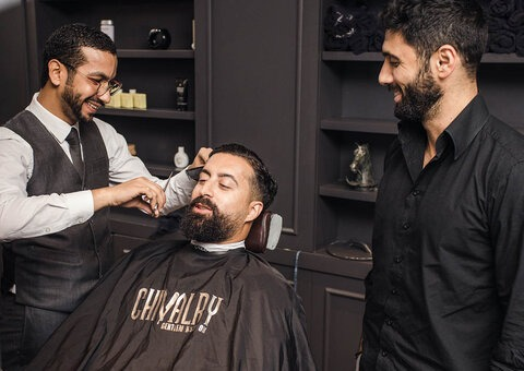 Chivalry Gentleman's Salon Review: For men who don't need frills