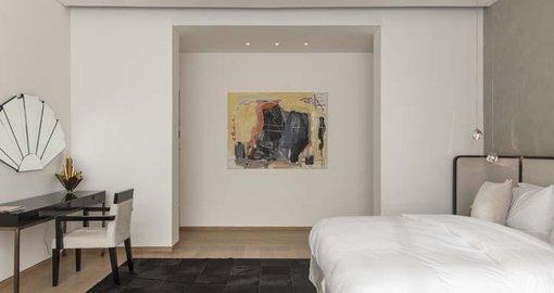 KOA Canvas collaborates with Cuadro Gallery
