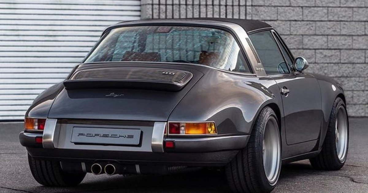 This New Singer Porsche 911 Can Lift Your Mood Esquire Middle East