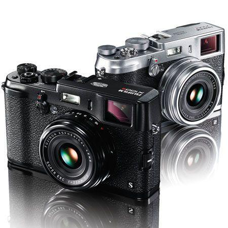 Camera, Iphone, Phone, Selfie, Technology, The Fujifilm X100S retro shooter