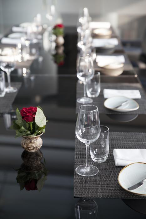 Brunch, Hilton, Table 9