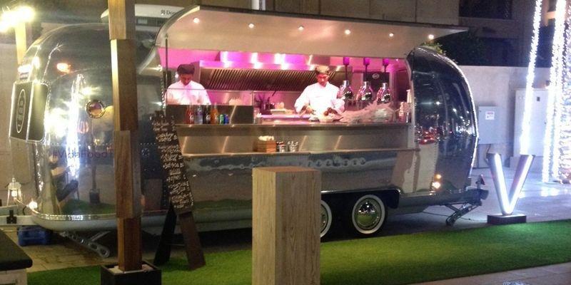 Burger, Clinton street baking, CUT Dubai, Downtown Address, Mezza house, Steak, Toko