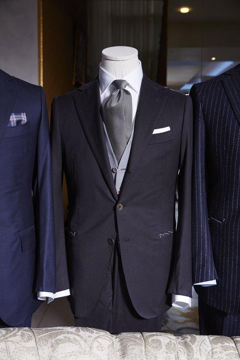 Classic Neapolitan tailoring