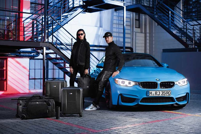 BMW M4, BMW, BMW fashion, BMW style, Fast cars, Sellita SW 500, BMW jacket, BMW t shirt, BMW shoes