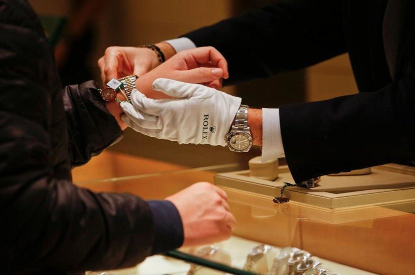 Watch dealer, Buying from a dealer, Watches, Timepieces, Buying a watch