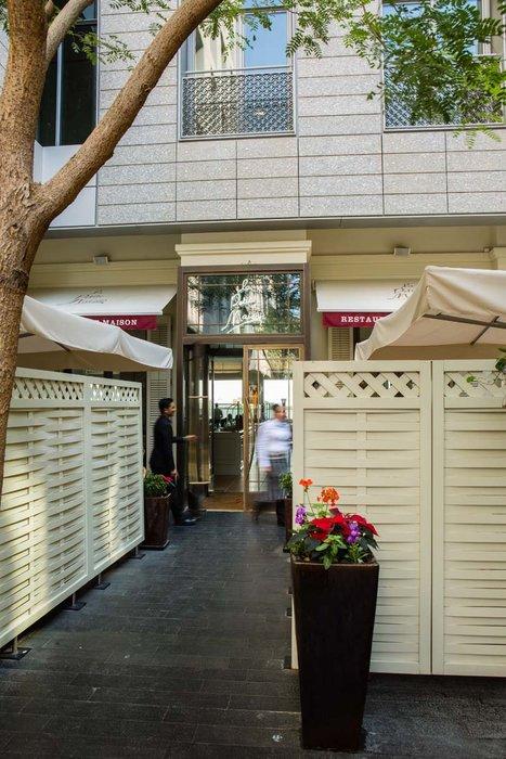 Best restaurants in Dubai, Food in Dubai, LPM, Difc, DIFC restaurant, Restaurants in Dubai, La Petite Maison Dubai, Dubai's best restaurant, LPM review