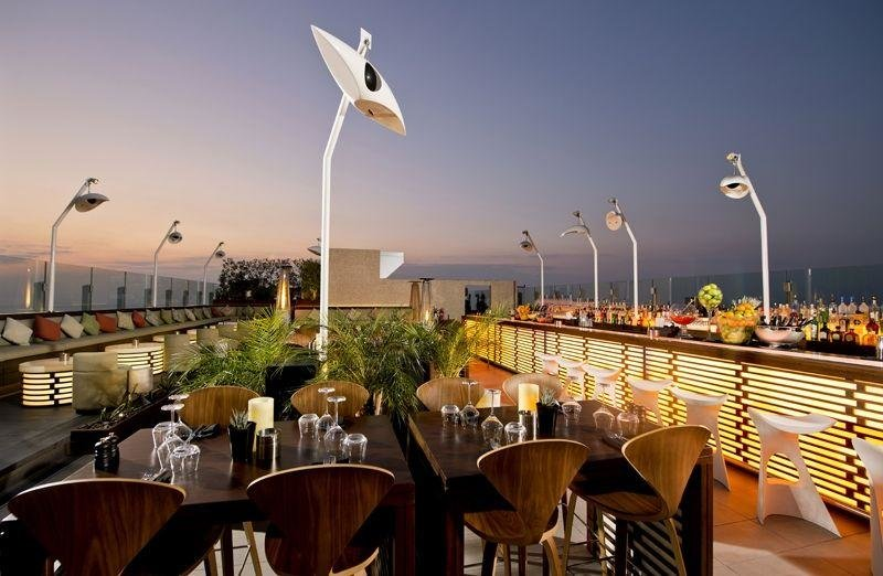 Best roof top bars, Roof top bars, Roof top, Bars, Best bars, Dubai, UAE, Dubai bars, Dubai rooftop bars, Dubai rooftop, Top bars