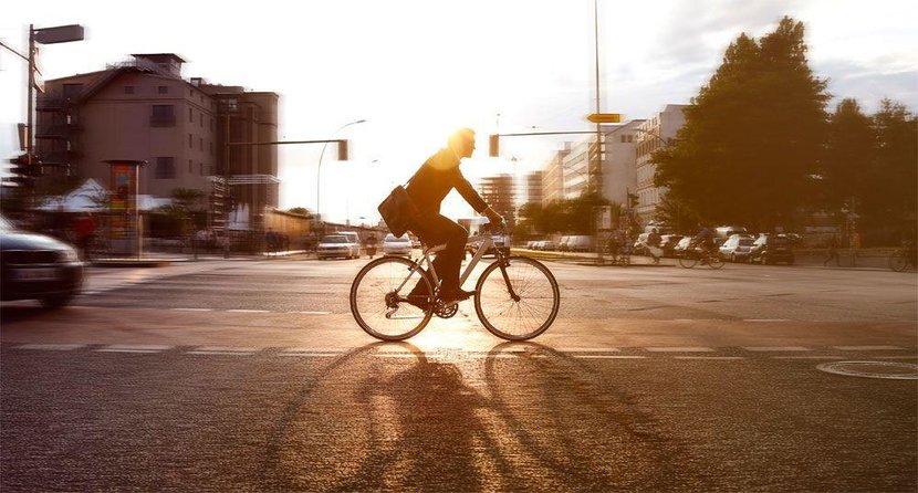 Dubai cycling, Dubai, Cycling, Bikes, Bike, Gear, Must-have, Bicycles, Cycling accessories, UAE, Ride, Wolfies