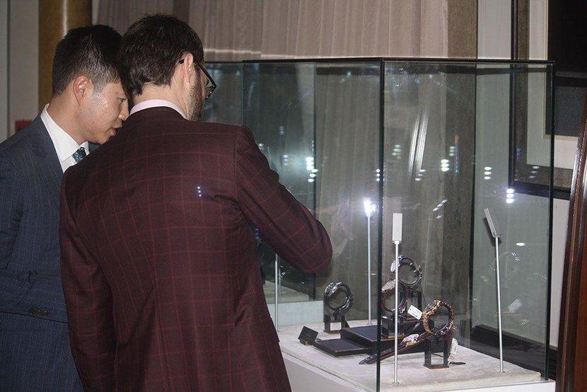 Event, A Gentlemen's Evening, Abu dhabi, Esquire Events, St Regis Hotel, Abu Dhabi Corniche, Suits, Watches, Bespoke Suits, Vacheron Constantin, Michael Andrews, Michael Andrews Bespoke, Q&A, St Regis Bar