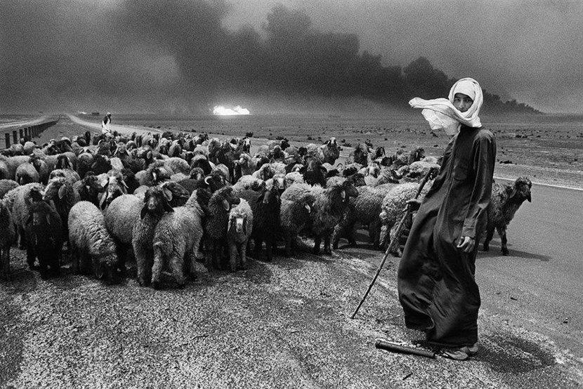 Kuwait: A desert on fire, Kuwait, Desert, Art, Kuwait war, Oil fields, Oil, Gulf War, Sebastiao Saldago, Photography, Photographs