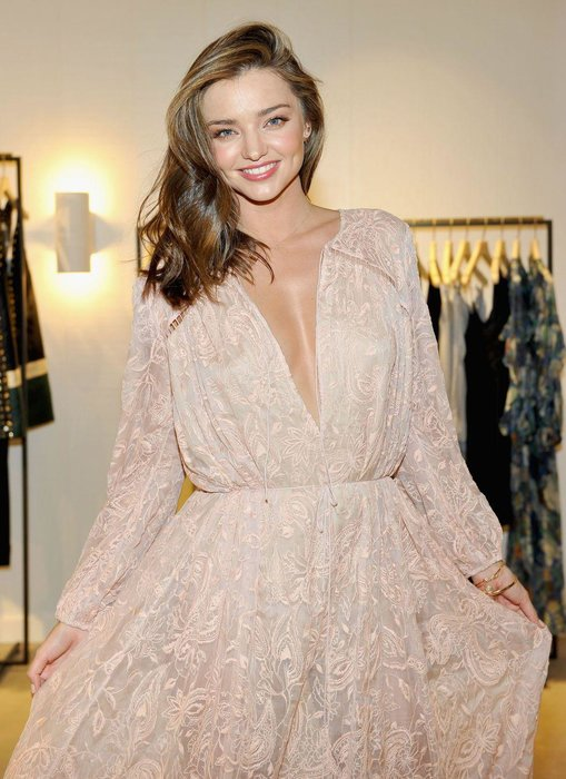Miranda Kerr - The only celebrated Australian beauty known not to have once had a part on Neighbours or Home And Away, Miranda Kerr became a model at 13 and has never looked back, becoming one of the most bankable faces in the world for beauty companies, fashion labels and magazines looking to sell copies.
