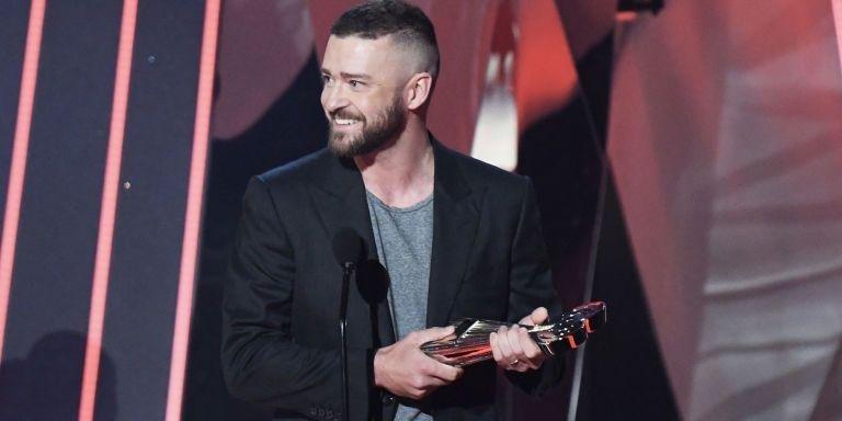 Shirt, T-shirt, Suit, Wearing a t-shirt and suit, Justin Timberlake, Timberlake