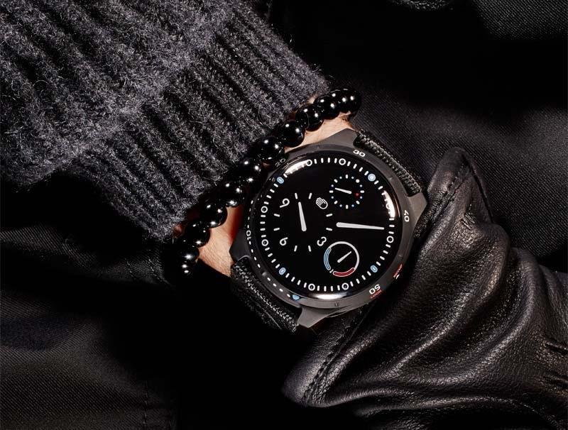Ressence, Timepiece, Ressence watches, Swiss watches, New, High-tech, Modern, Contemporary, Modern watches, Contemporary watches, Type 5BB Black Black diver, Diver watches, Diver's watch, Best dive watches