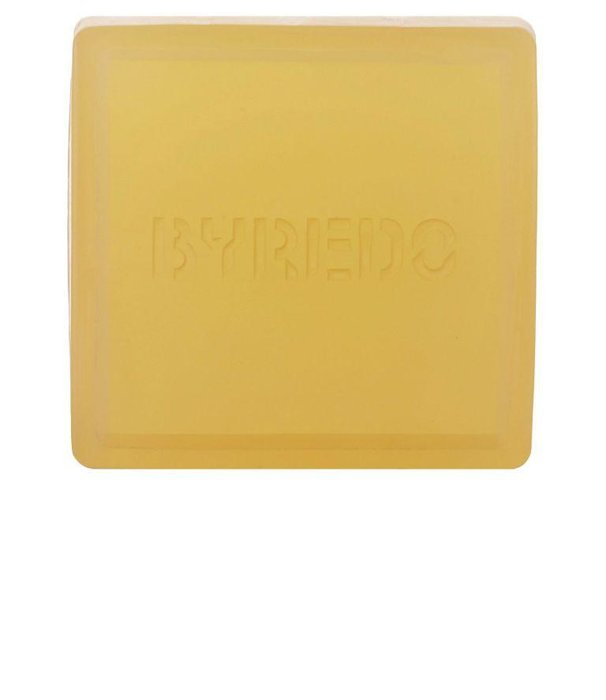 BYREDO - Sunday Cologne Soap - Not a fan of colognes? Get a soap that does double duty. Byredo's soap is infused with bergamot and vetiver so you can skip the added fragrance. mrporter.com