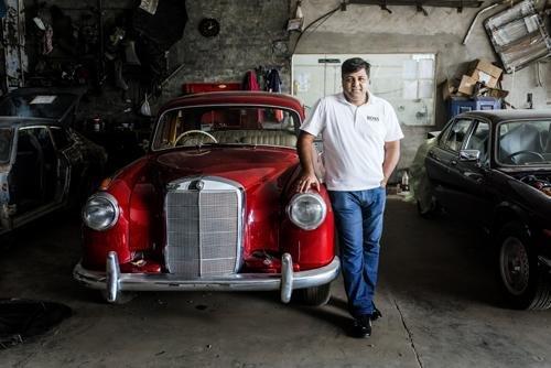 Haydar Kirmani in his workshop