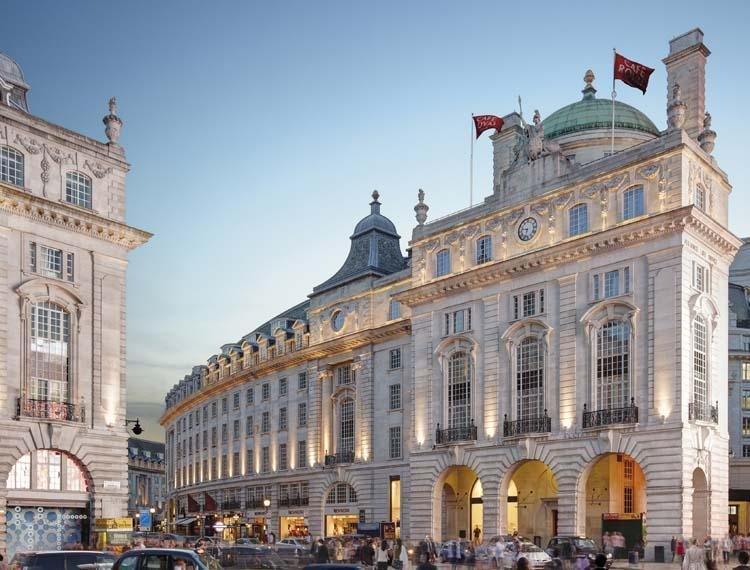 London, Hotels in London, Luxury, Mandarin Oriental Hyde Park, Brown's Hotel, Hotel Cafe Royal, ME London, Jumeirah Lowndes