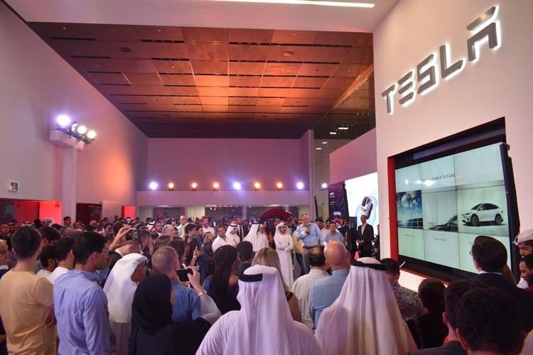 Tesla's Dubai Store