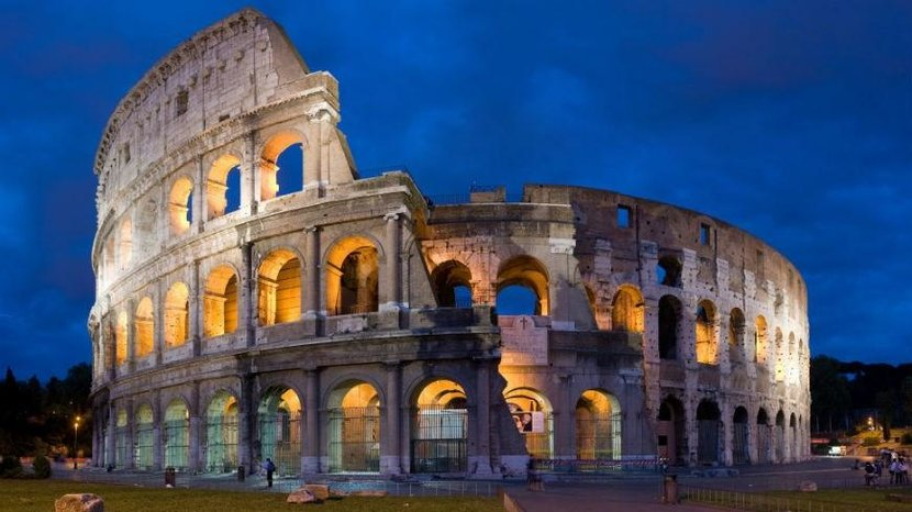 10. Colosseum (Italy) - Instagram images: 860,248