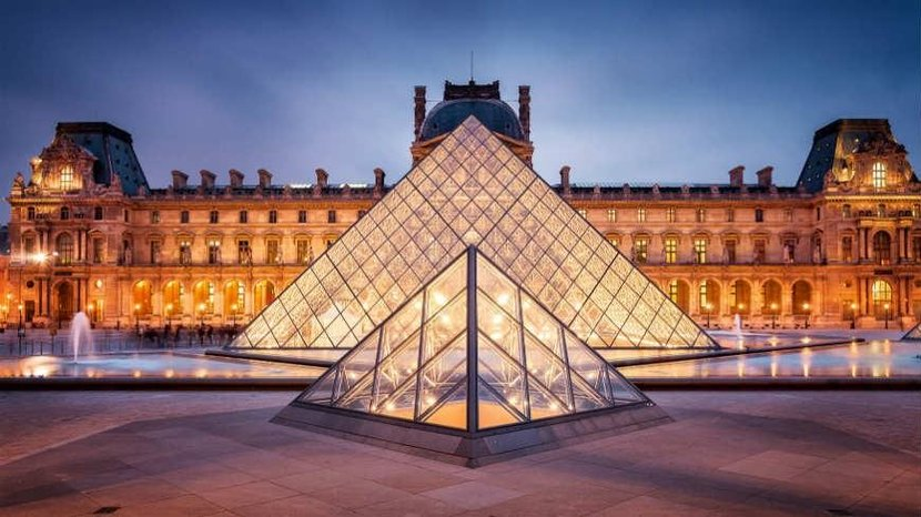 3. The Louvre (France) - Instagram images: 1,740,908