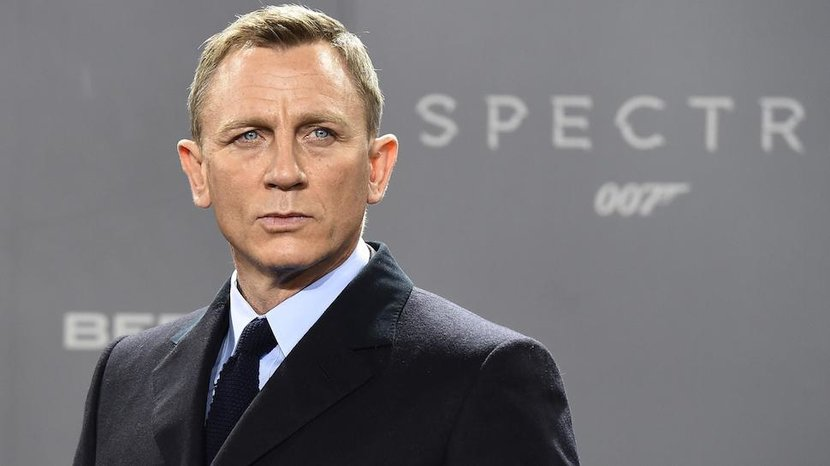 British actor Daniel Craig poses for photographers at a photocall for the new James Bond film Spectre on October 28 2015 in Berlin   AFP PHOTO  TOBIAS SCHWARZ        Photo credit should read TOBIAS SCHWARZAFPGetty Images