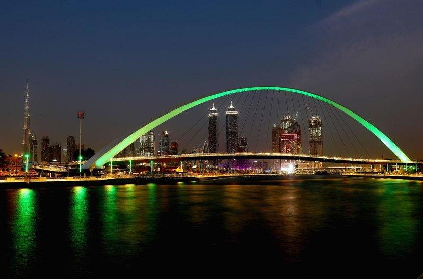 Dubai, Business Bay, Lonely Planet, Neighbourhood, Cool buisness