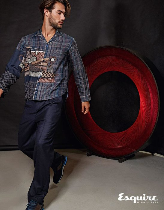 Nouvel Horizon shirt, Trousers, Richelieu sneakers. All Louis Vuitton