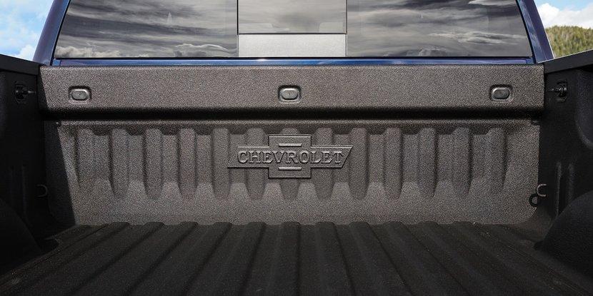 Chevrolet, Silverado, Centennial Edition, Dubai International Motor Show, Chevrolet set to unveil a Silverado Centennial Edition in Dubai, To celebrate its 100th anniversary, Chevrolet will unveil the special edition truck in Dubai's International Motor Show