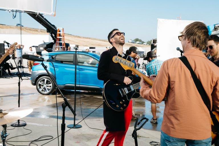 Coco Cola Arena, Dubai, Maroon 5, Adam LEvine