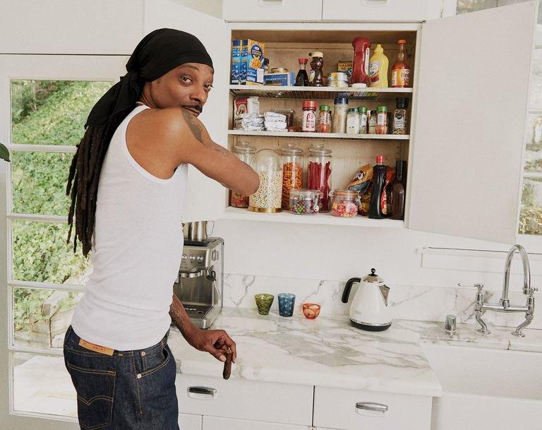 Snoop Doog, From Crook to Cook