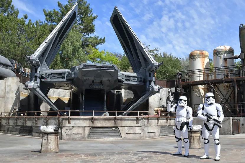 Star Wars: Galaxy Edge, Star wars, Disneyland