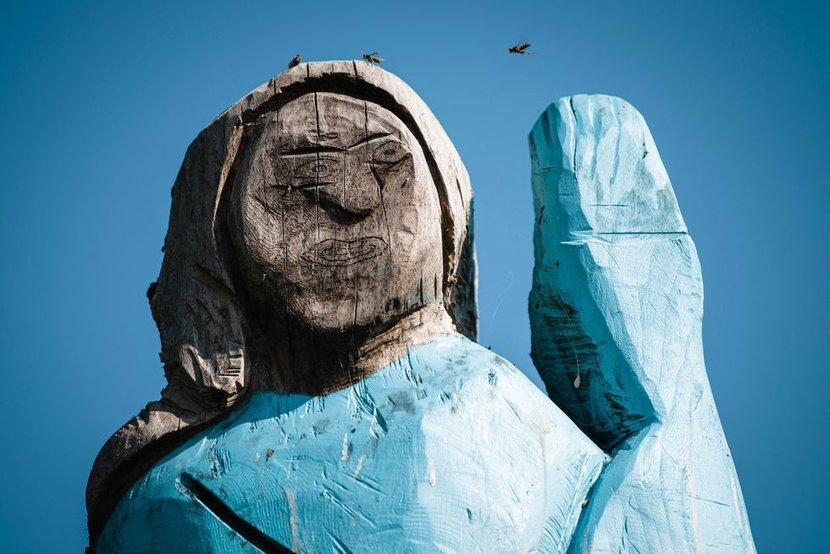 Melania Trump, Slovenia, Statue