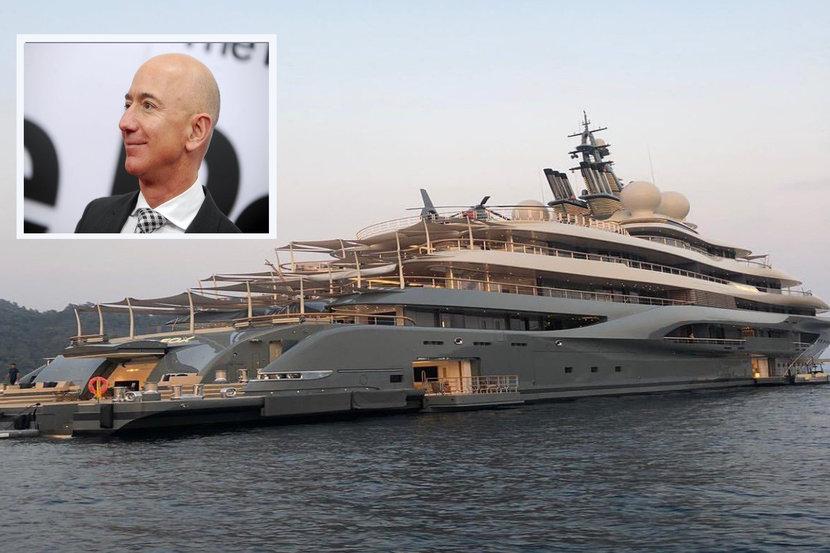 Jeff Bezos, Yacht, Super yacht