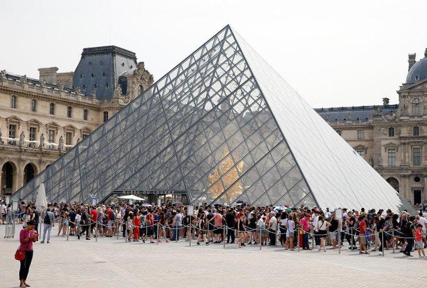 The Louvre, Paris, Art
