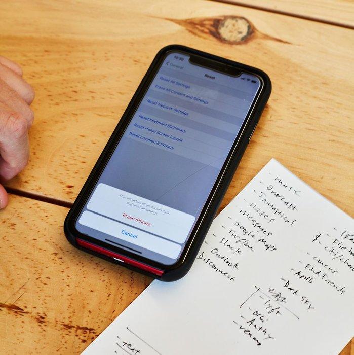 Phone, Technology