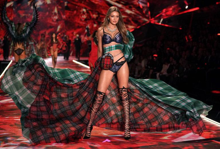 Victoria's Secret, Lingerie, Christmas