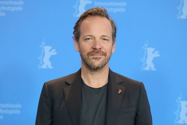 Batman, Peter Sarsgaard