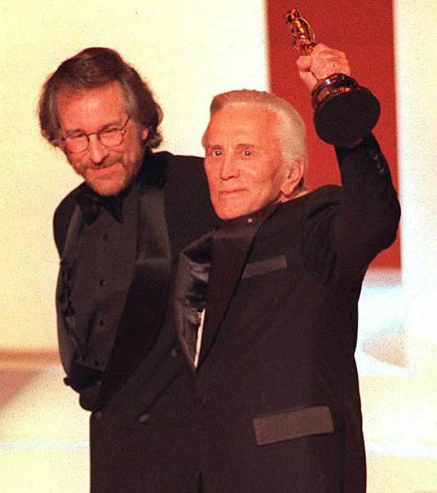 Kirk Douglas, Steven Spielberg, Sylvester Stallone, Celebrity, Michael Douglas, Obituary