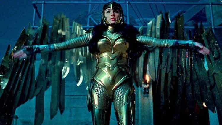 Gal Gadot, Wonder Woman, Kristen Wiig, Dc comics, Marvel, Iron man
