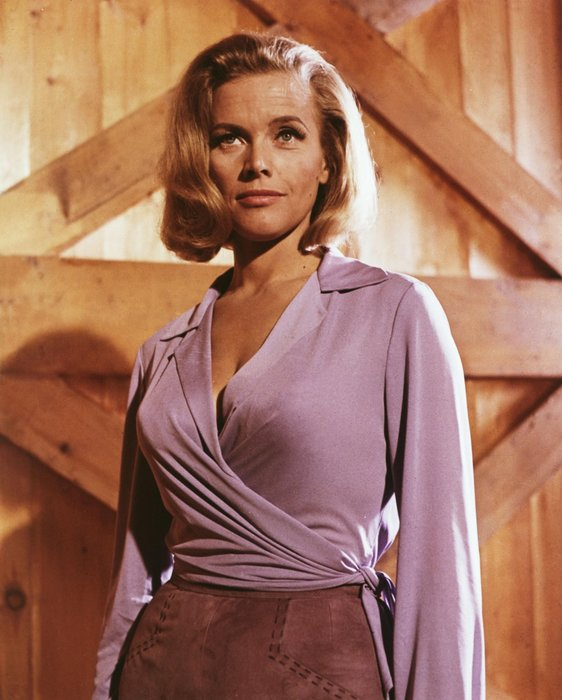 Honor Blackman, Pussy Galore, Bond Girl, James Bond, Goldfirnger